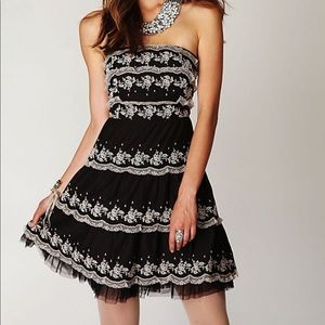 Free People Black Strapless Tiered Lace Dress